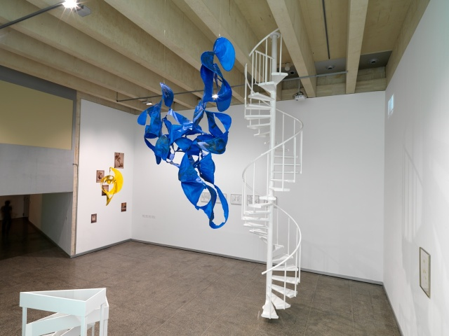 Amikejo MUSAC - exposicion Irene Kopelman y Mariana Castillo Deball