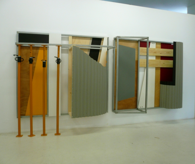 FOD 1erEscalón Room Art Fair